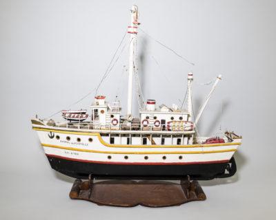 Maquette naïve du bateau l'Amiral de Joinville