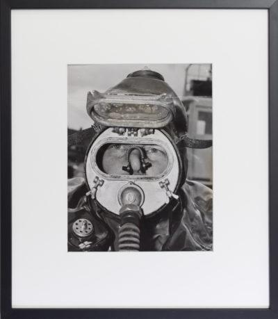 Portrait d'un scaphandrier en équipement léger